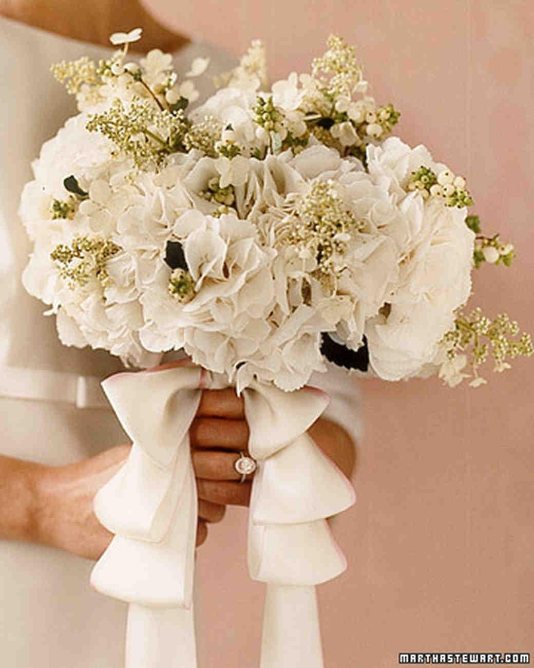 hydrangea wedding flowers photo - 1