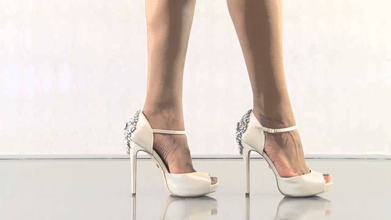 ivory and silver wedding shoes photo - 1