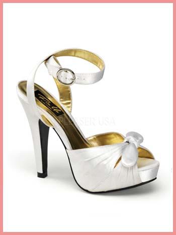 ivory ankle strap wedding shoes photo - 1
