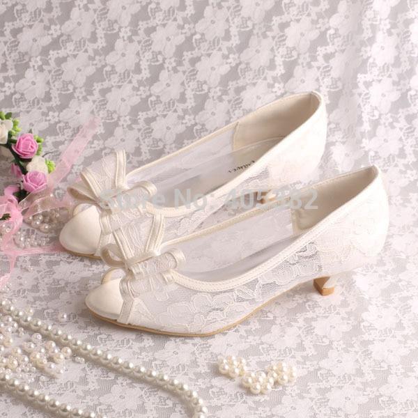 ivory kitten heel wedding shoes photo - 1
