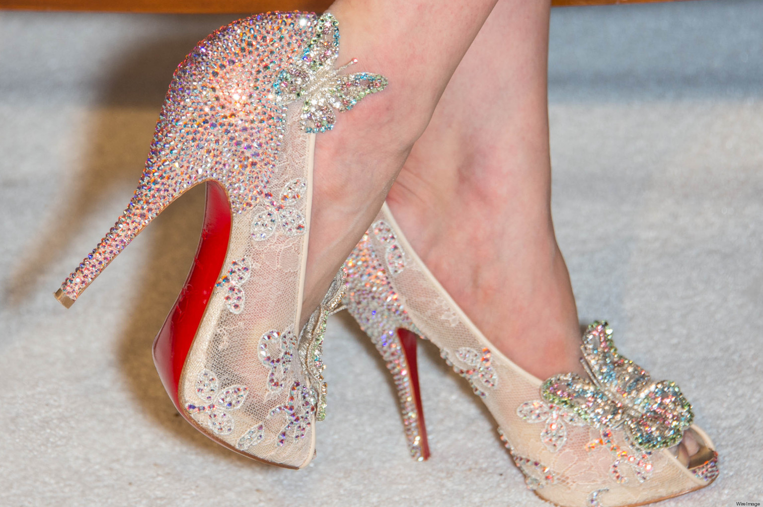 louboutin wedding shoes blue sole photo - 1