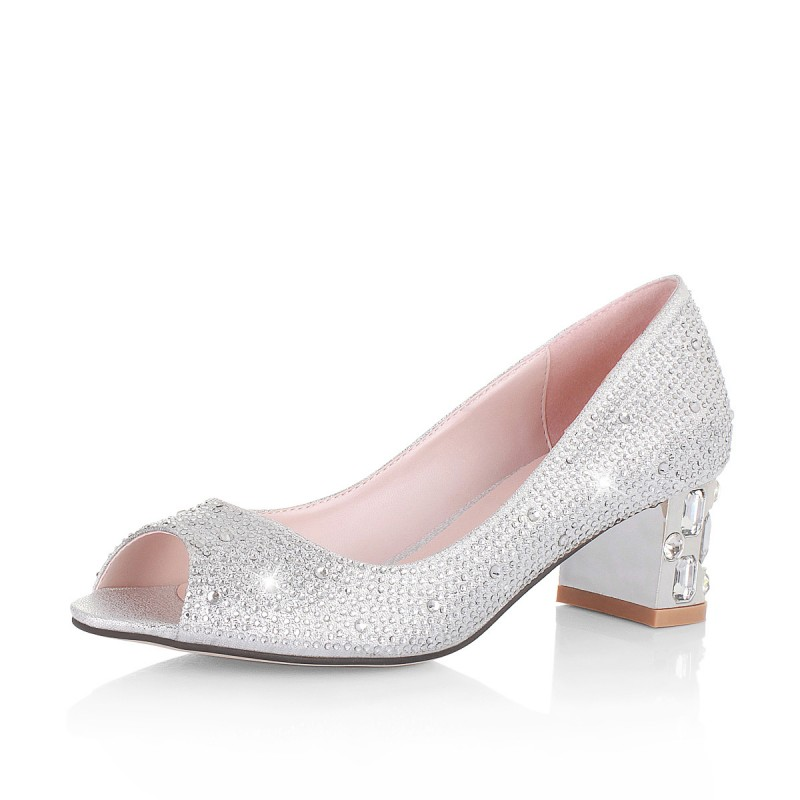 low heel silver shoes for wedding photo - 1