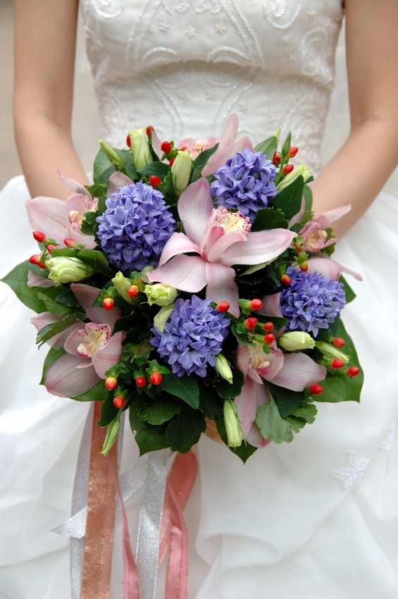 old fashioned wedding bouquets photo - 1