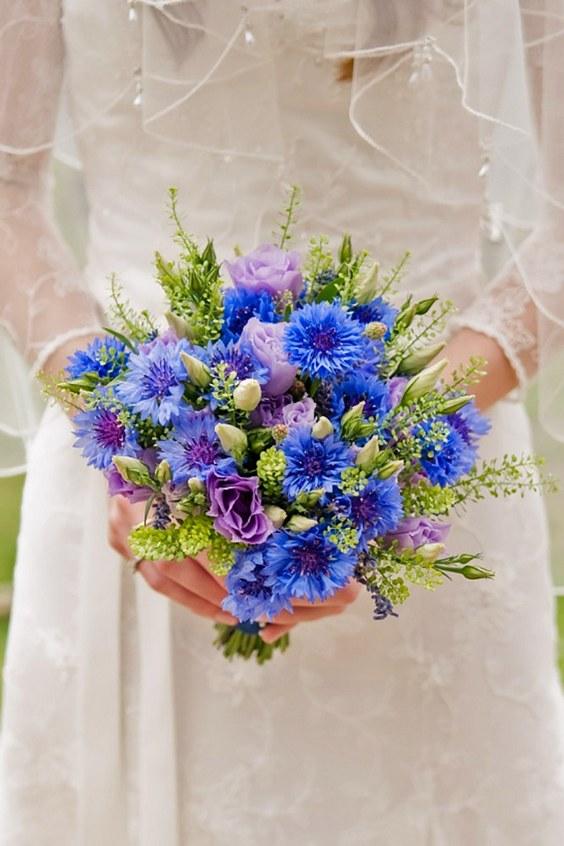 pastel wedding flowers photo - 1