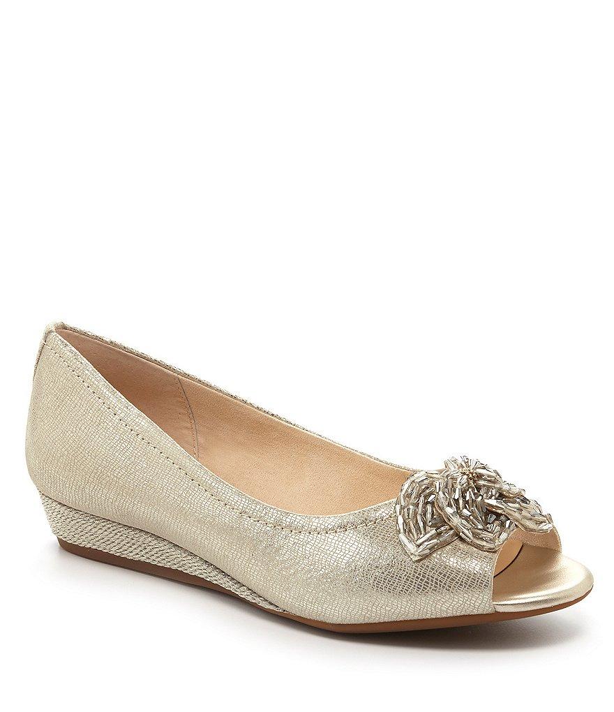 platform wedding shoes photo - 1
