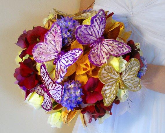 purple and lavender wedding bouquets photo - 1