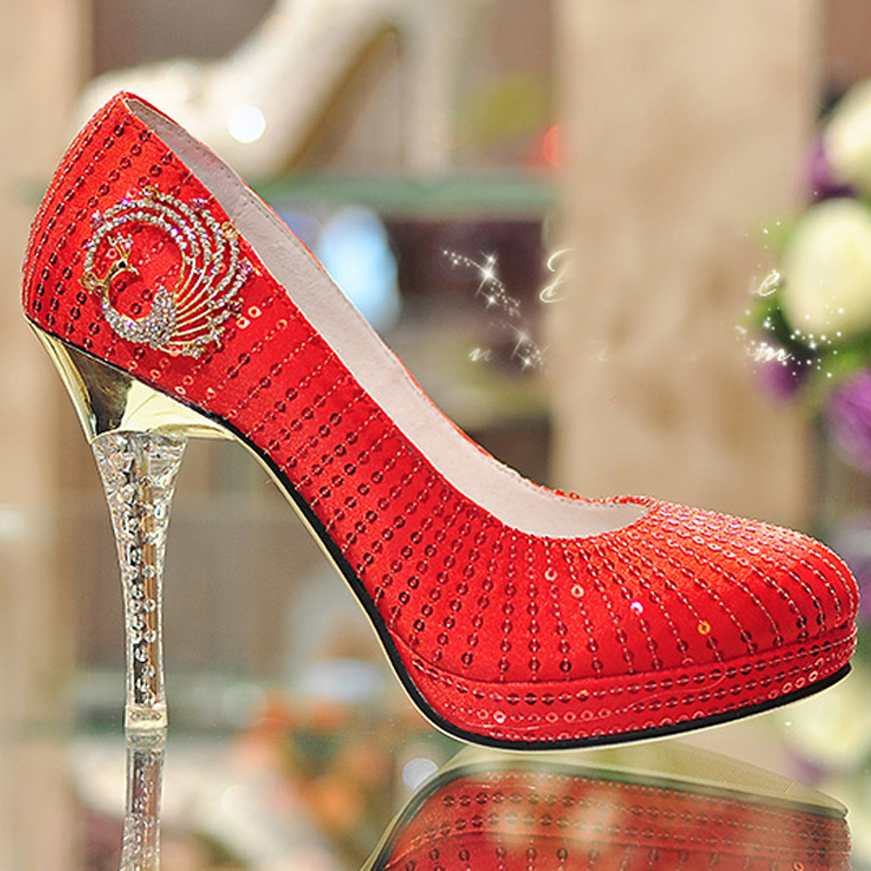 purple glitter shoes for wedding photo - 1