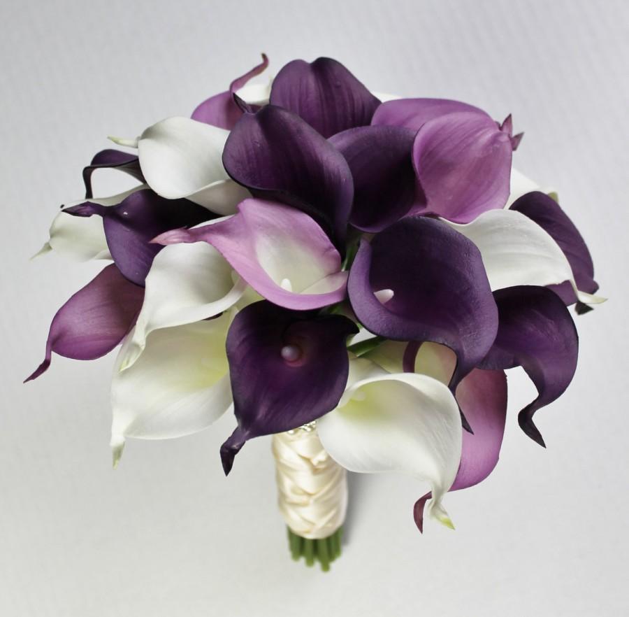 purple lily wedding bouquets photo - 1