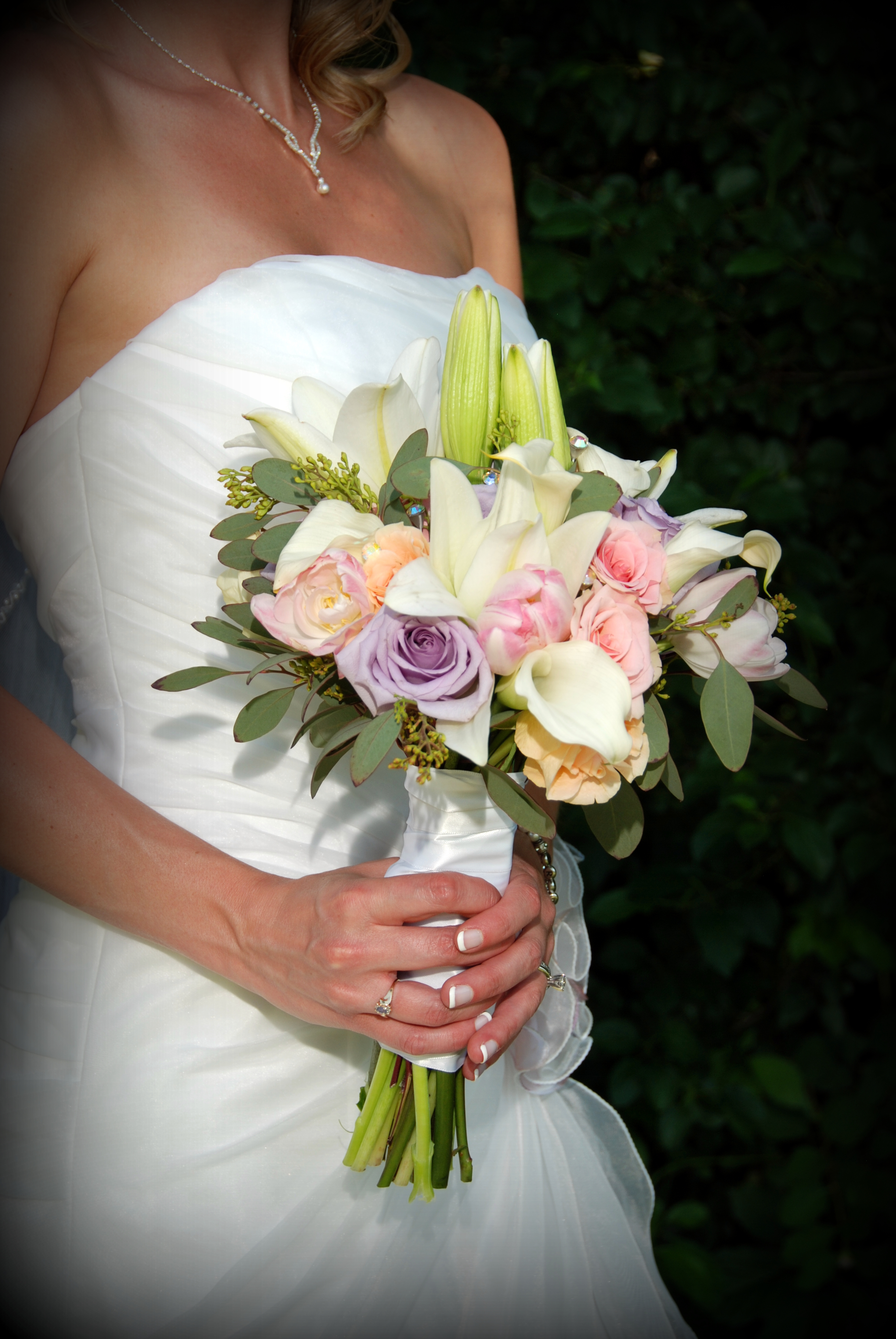 red and white calla lilies wedding bouquets photo - 1