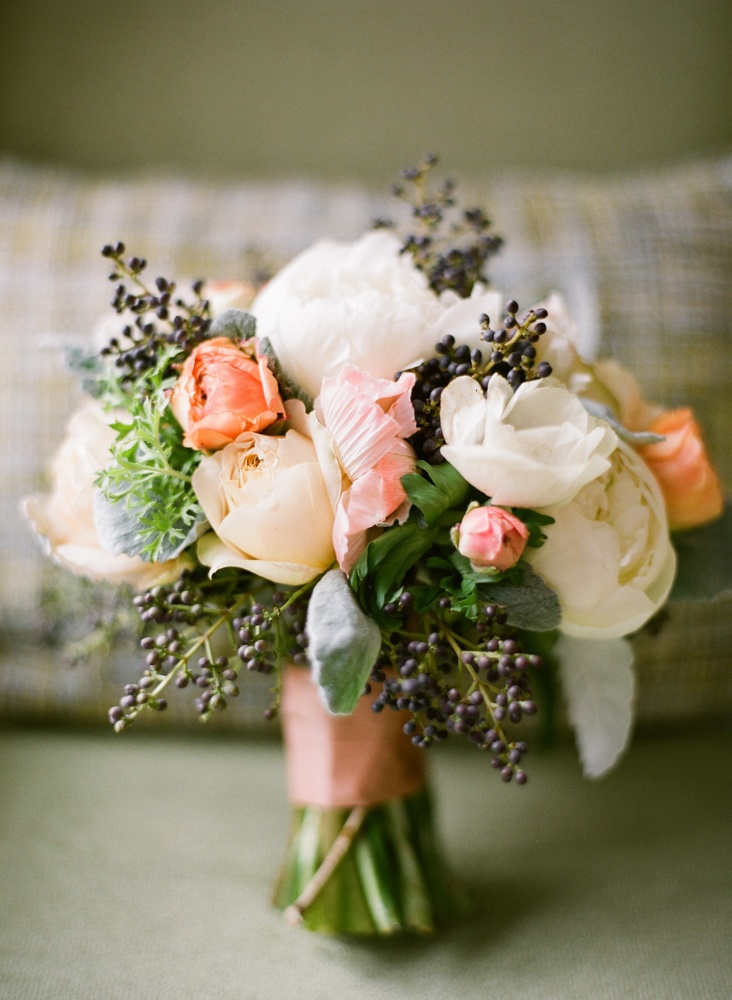 rustic wedding flower bouquets photo - 1