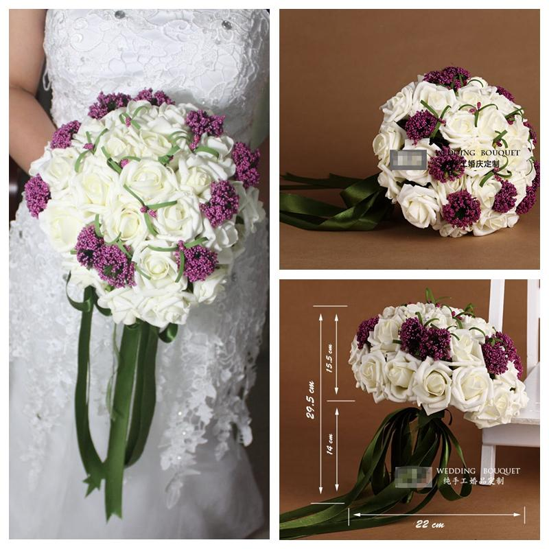 simple purple wedding bouquets photo - 1