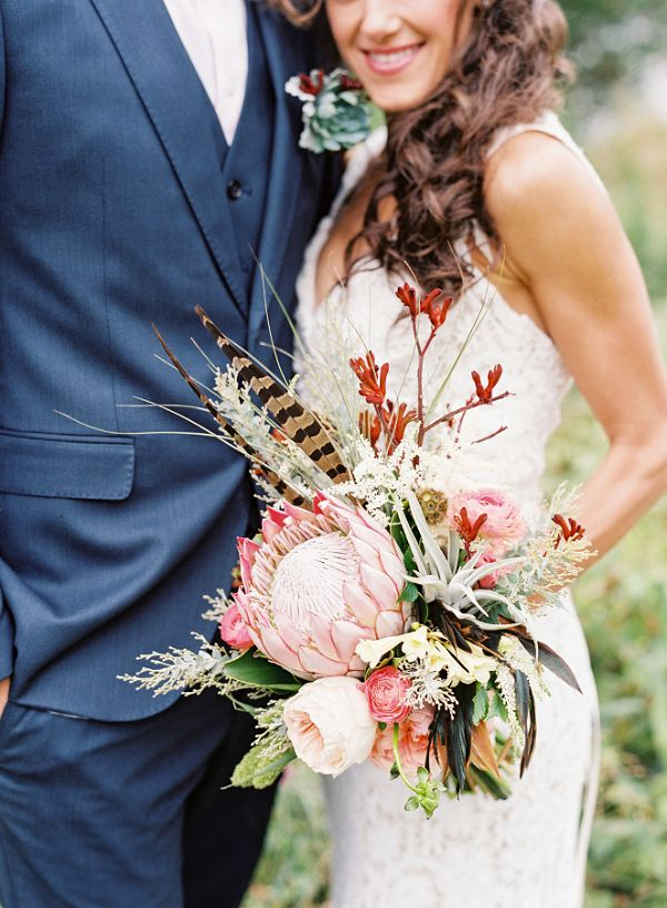 simple wedding bouquets photo - 1