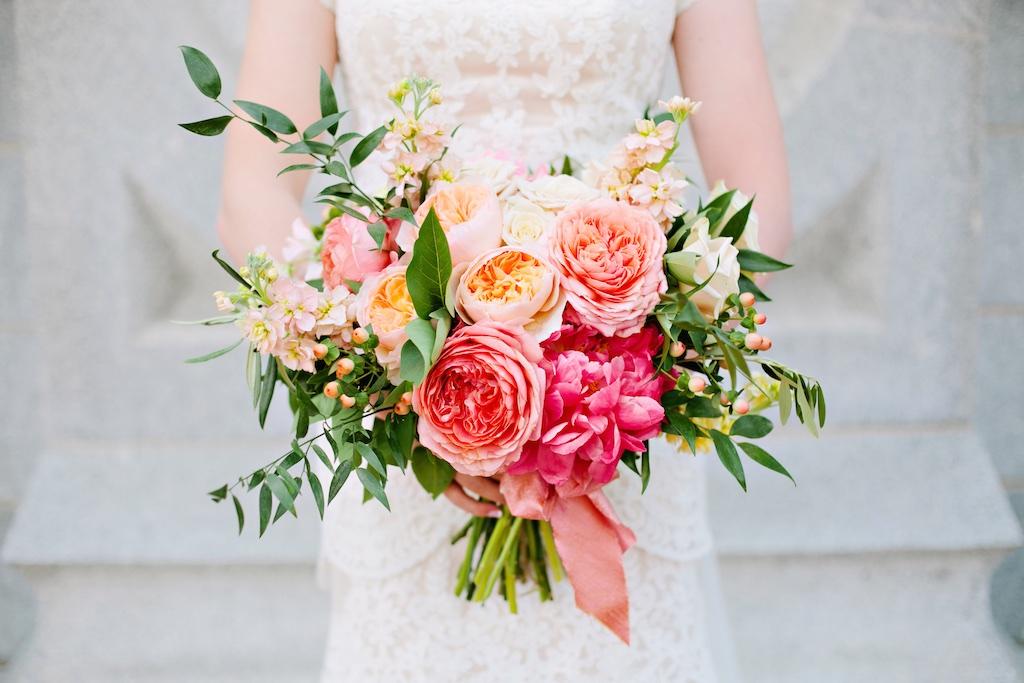 summer wedding bouquet photo - 1