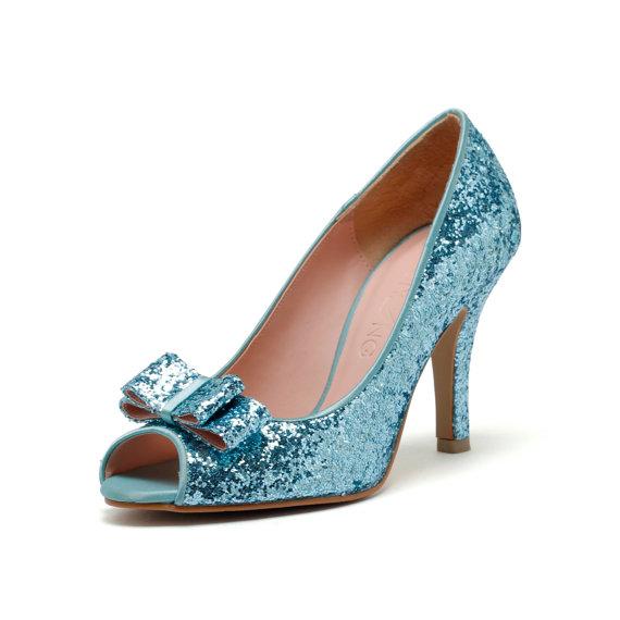 tiffany blue wedding shoes photo - 1