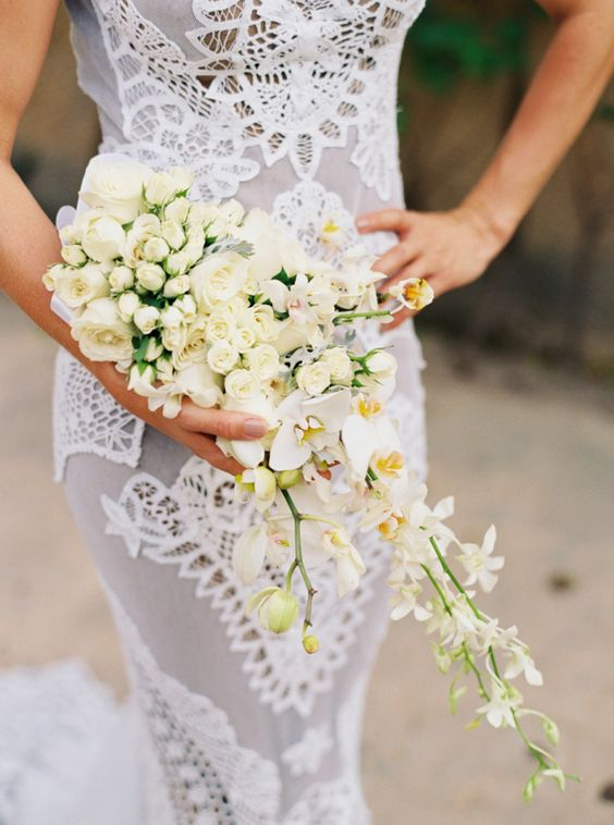 tropical wedding bouquets photo - 1