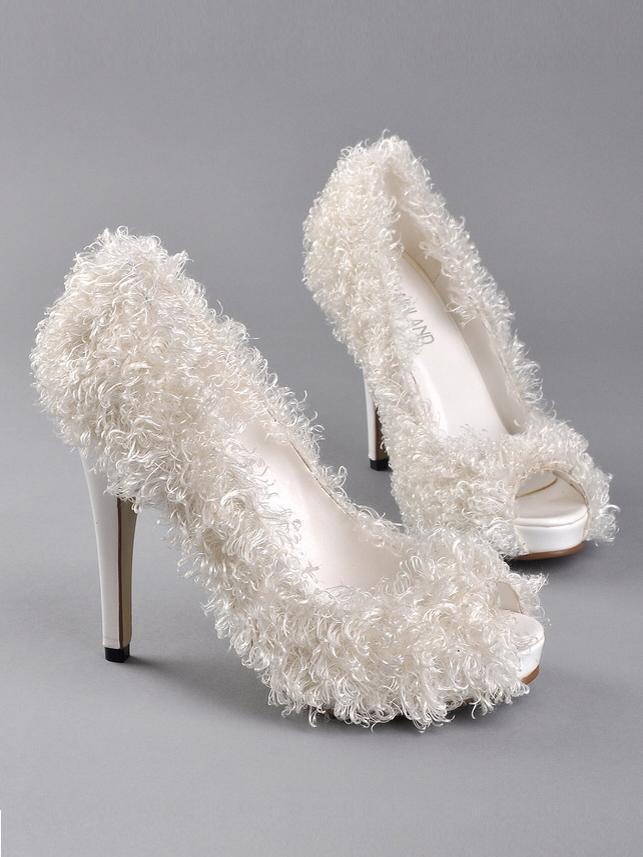 unique wedding shoes for bride photo - 1