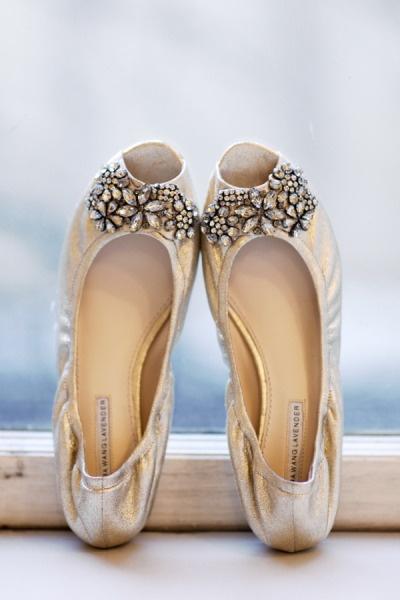 vera wang lavender shoes wedding photo - 1
