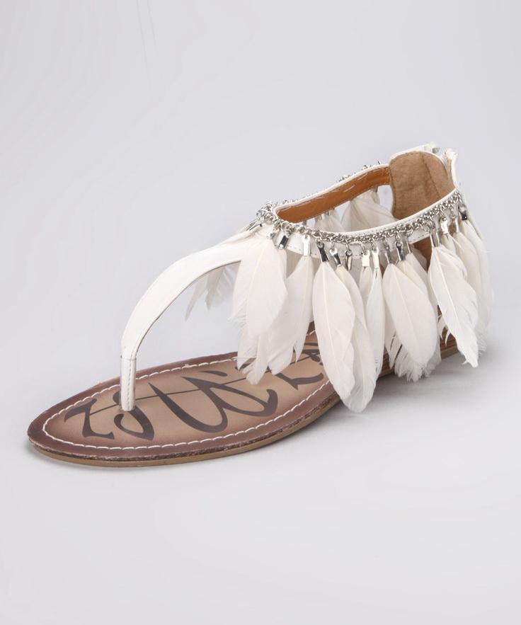 vintage style wedding shoes photo - 1