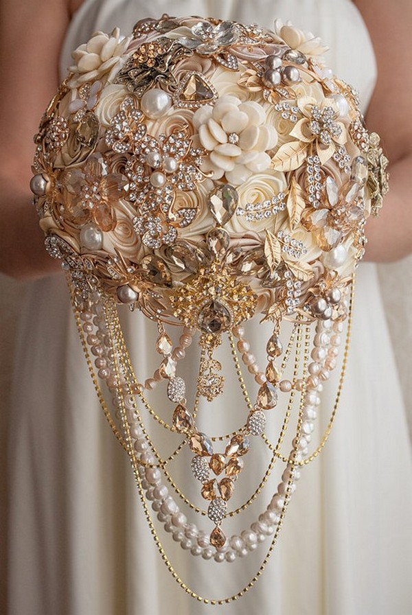 vintage wedding bouquets brooches photo - 1