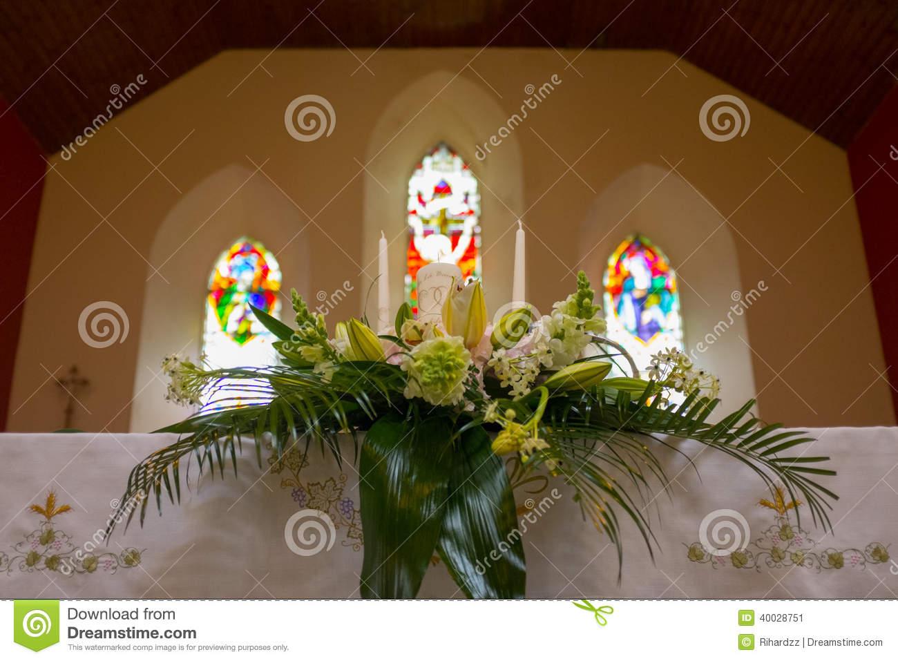 wedding altar flowers photo - 1