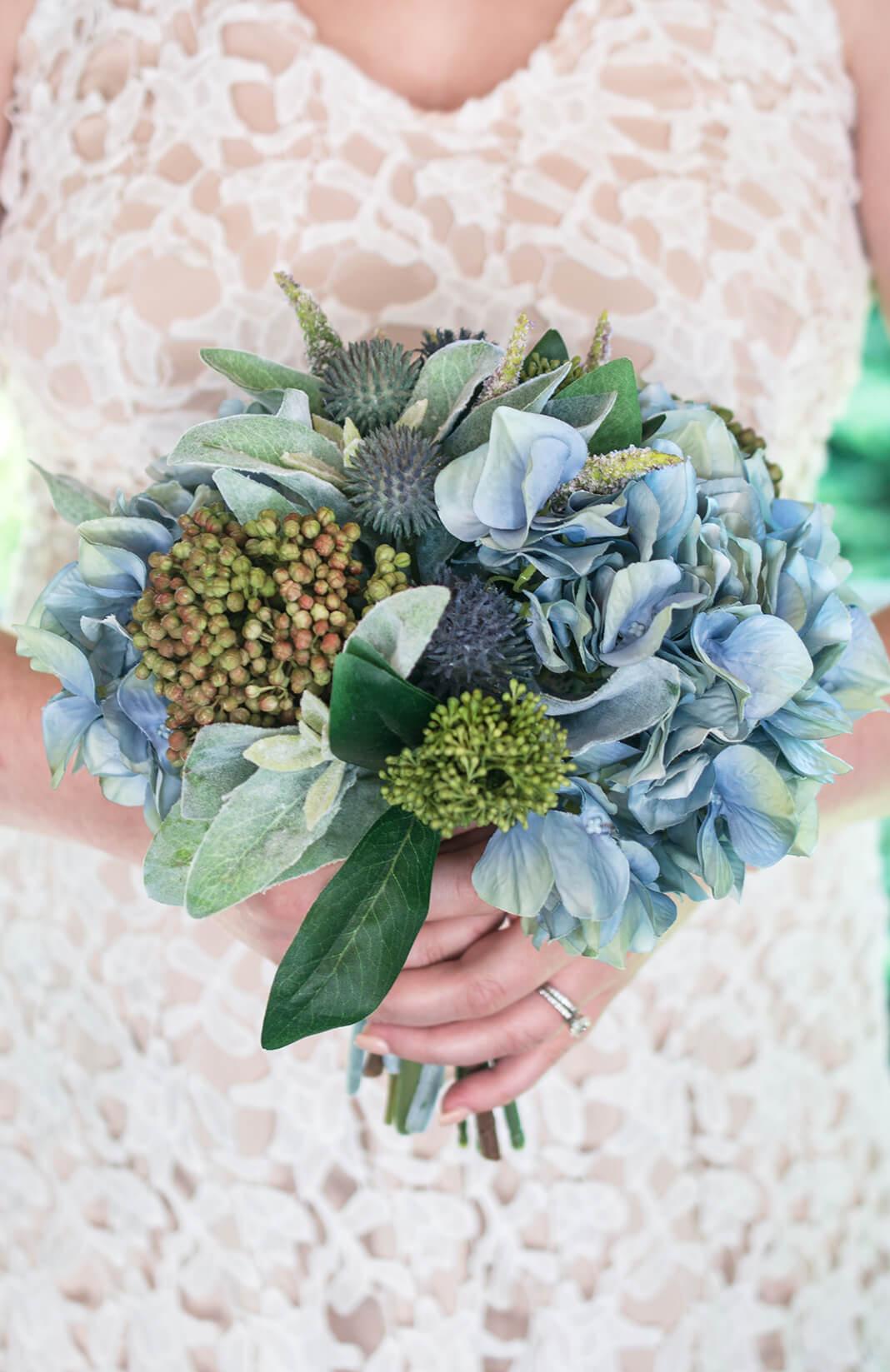 wedding bouquet holders photo - 1