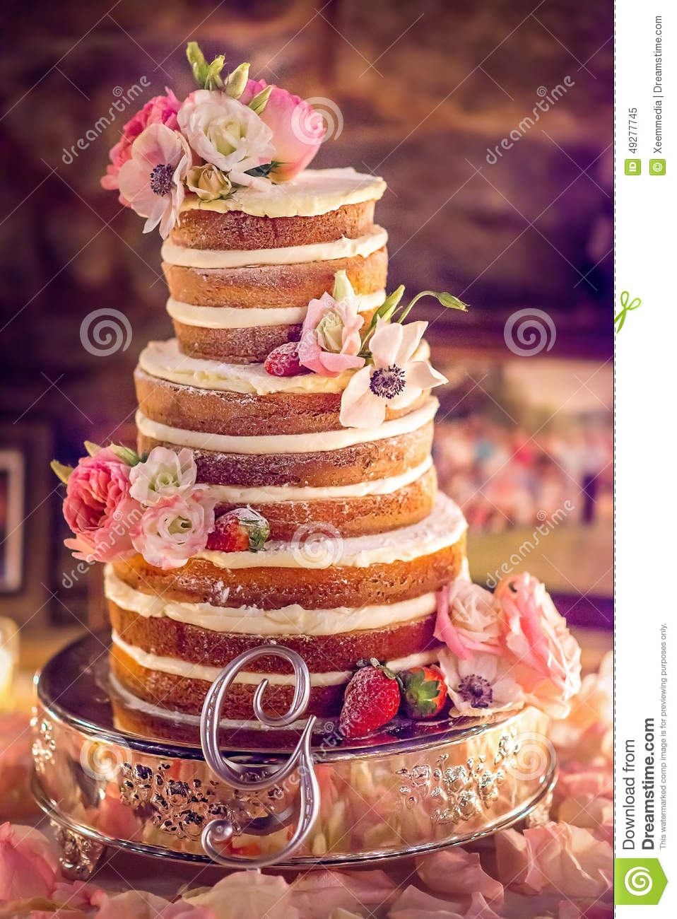 wedding cake flowers decorations photo - 1