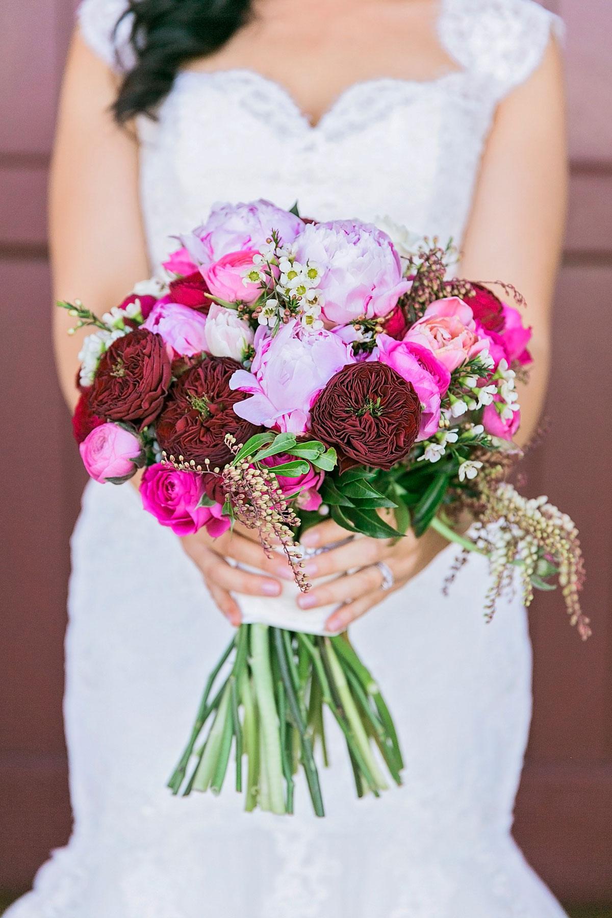 wedding flowers colours photo - 1