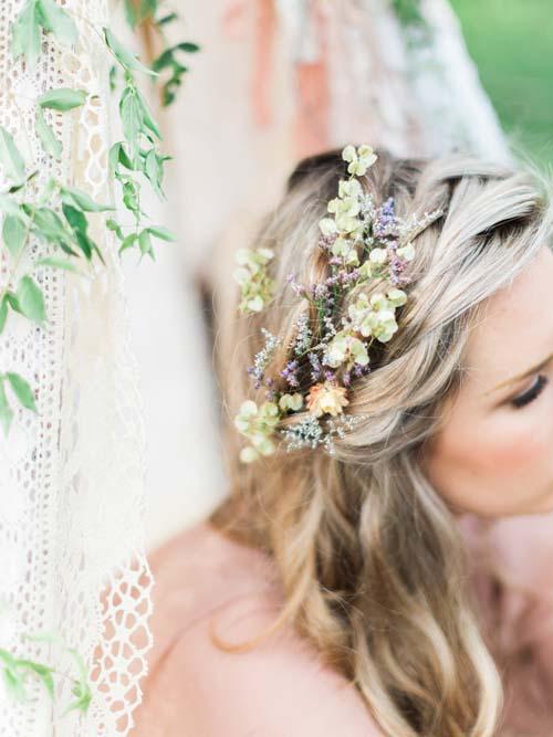 wedding flowers hair photo - 1