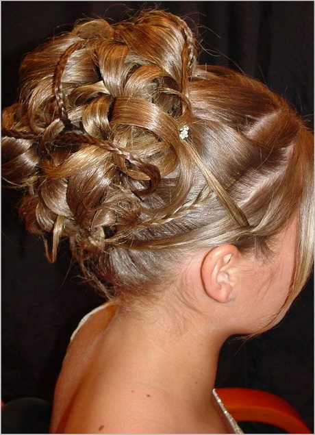 wedding hairstyles with flower photo - 1