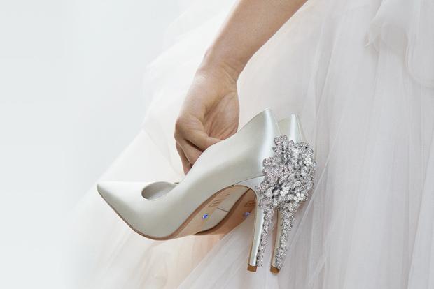 wedding shoes designer photo - 1