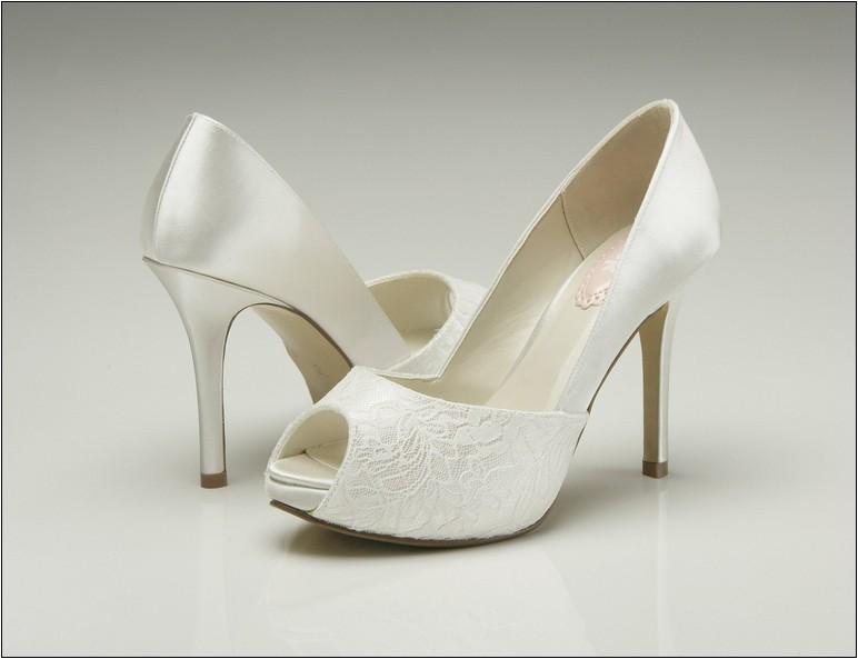 wedding shoes for ivory dress photo - 1