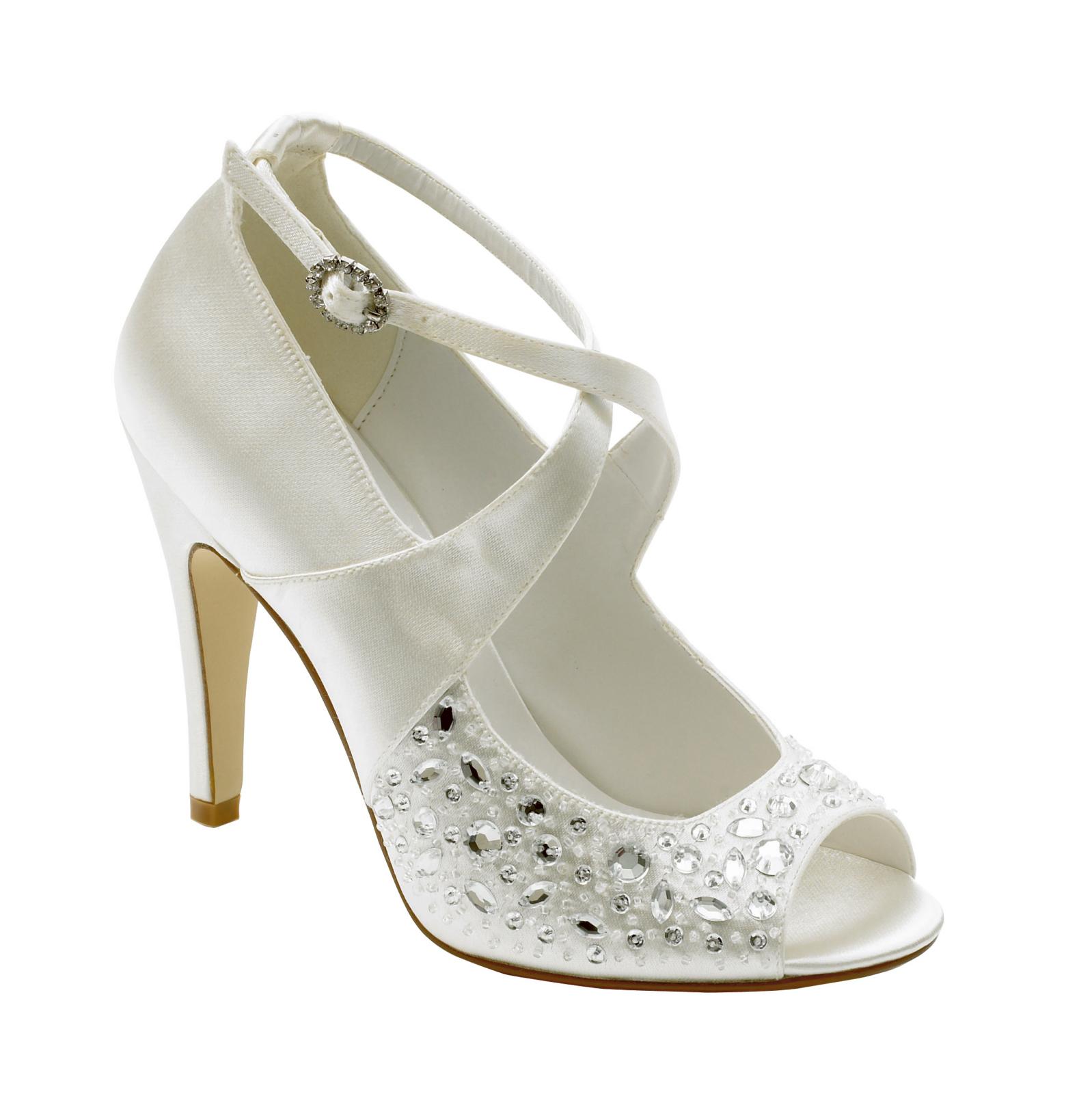 wedding shoes photos photo - 1