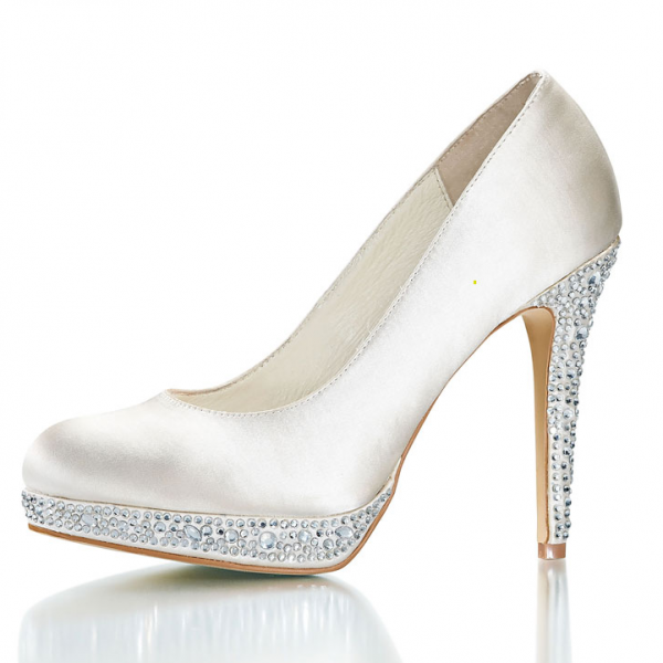 wedding shoes pictures photo - 1