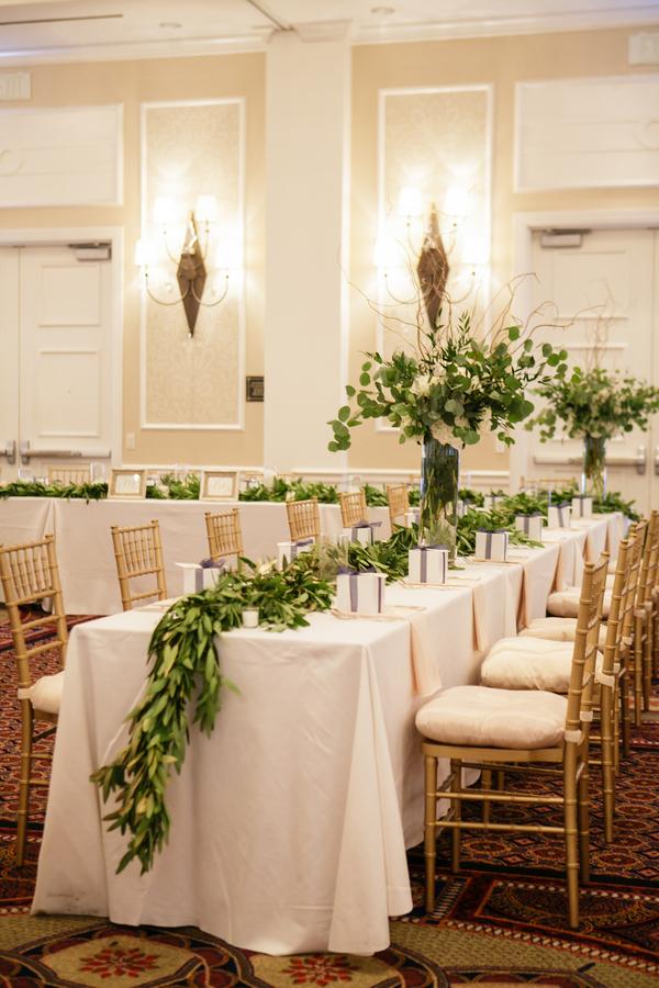 wedding tables flowers photo - 1