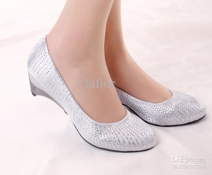 white high heel shoes for wedding photo - 1