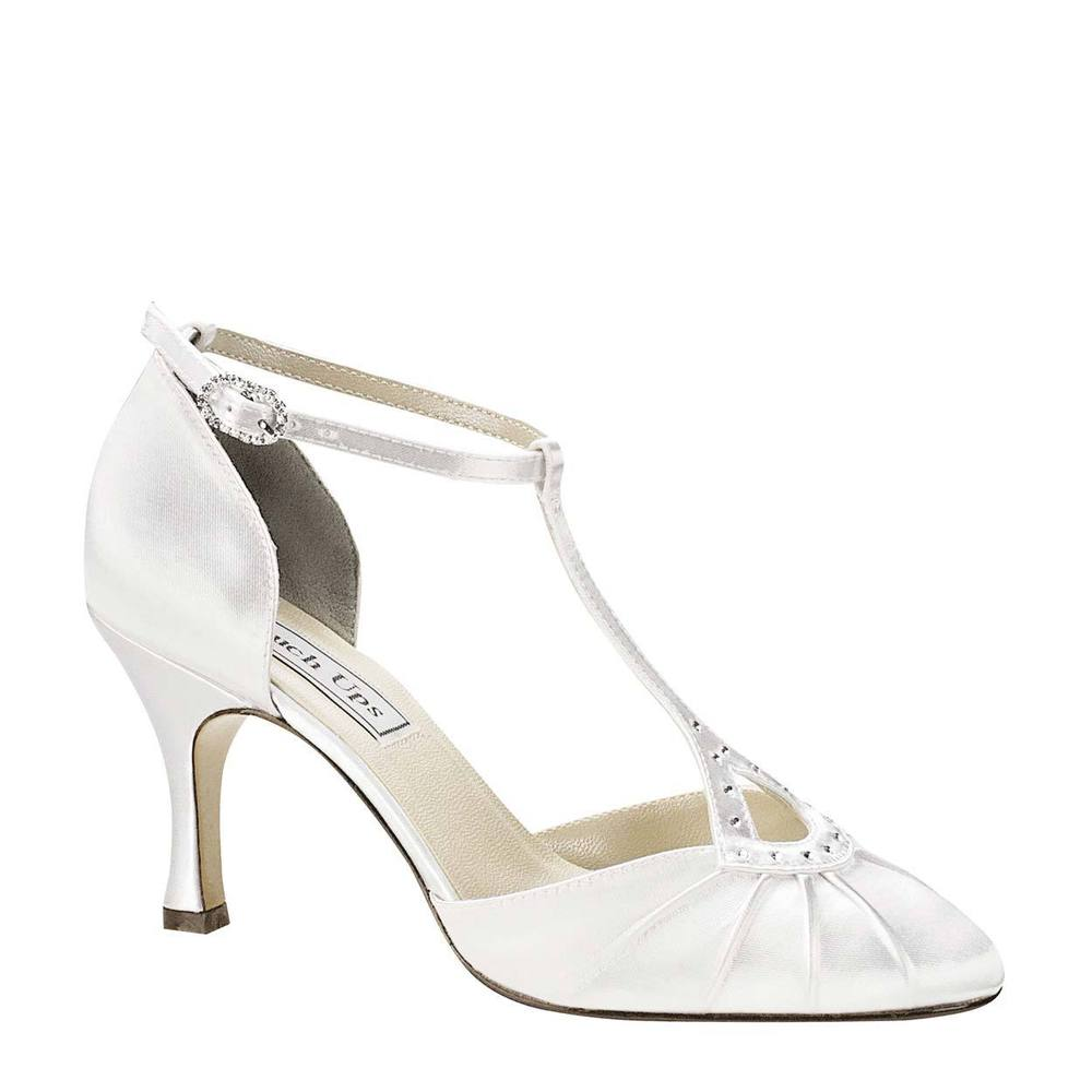 white kitten heel wedding shoes photo - 1