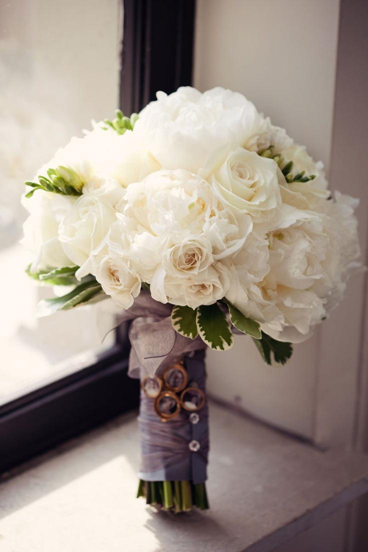white wedding bouquets for brides photo - 1
